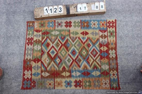Kilim Afgano 1123 misura 117x88 cm